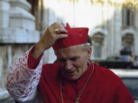 """""""A jakoś człapię"""". Jan Paweł II i jego najlepsze żarty. ZDJĘCIA"""