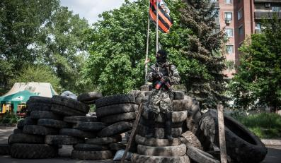 Punkt kontrolny separatystów w Słowiańsku na Ukrainie