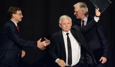 Prezes PiS Jarosław Kaczyński, lider Solidarnej Polski Zbigniew Ziobro i lider Polski Razem Jarosław Gowin
