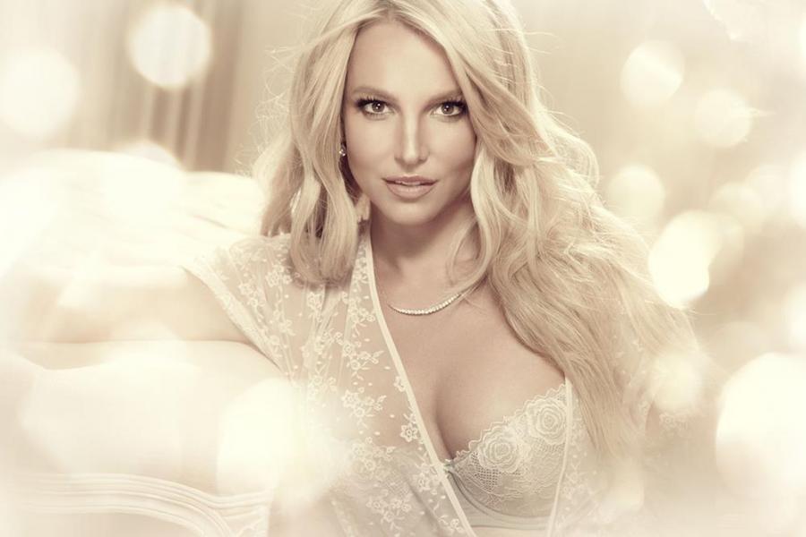 Zdradzona Britney Spears znowu singielką