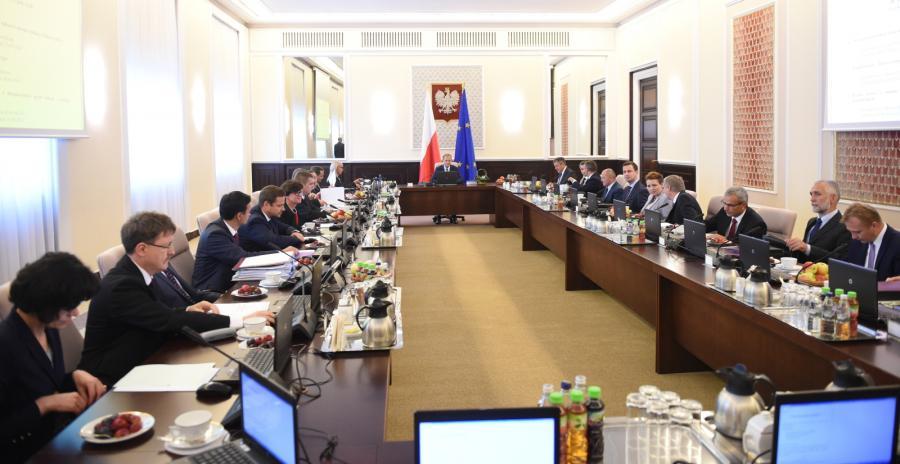 Ostatnie posiedzenie rządu przed złożeniem dymisji przez premiera Donalda Tuska