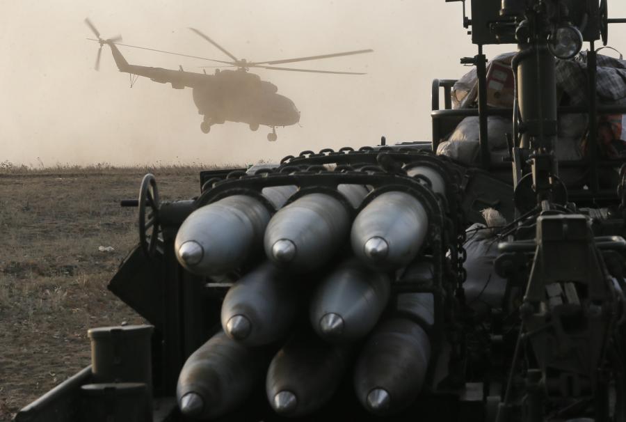 Helikopter ukraińskiej armii wzbija się do lotu