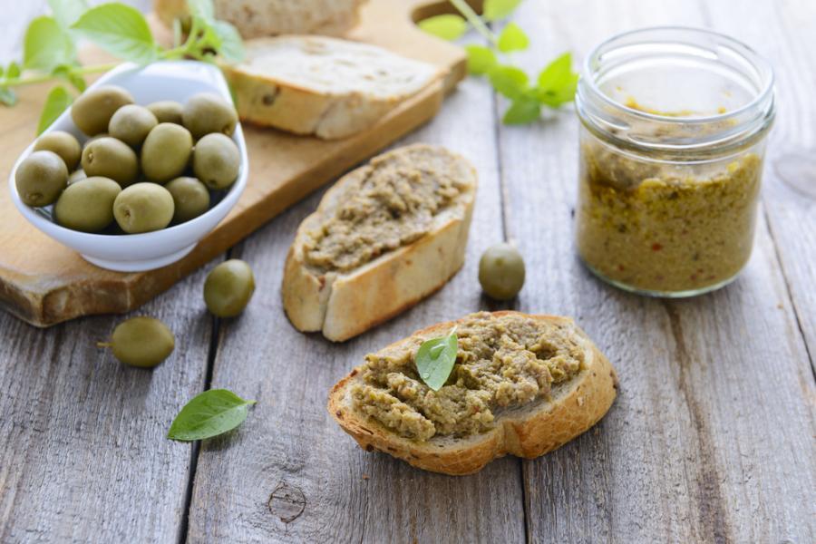 Pieczywo z olivadą