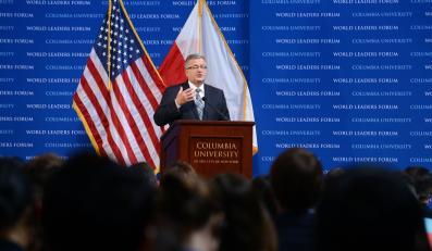 Prezydent Bronisław Komorowski wygłasza wykład w ramach dorocznego Światowego Forum Liderów na Uniwersytecie Columbia w Nowym Jorku