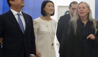 Fleur Pellerin (w środku) podczas otwarcia Muzeum Picassa