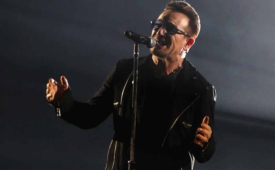 Bono, Ed Sheeran i Sam Smith śpiewają \