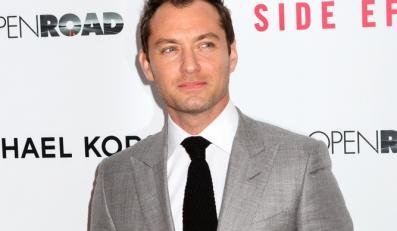"""Jude Law złym rycerzem w """"Knights of the Round Table""""?"""