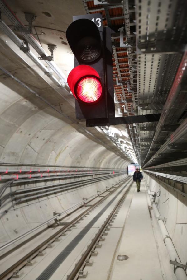 Tunel warszawskiego metra