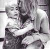 Miley Cyrus w obcjęciach Kurta Cobaina