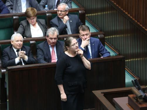 """""""Ty chamie!"""", """"stul pysk!"""", """"zamknij ryj!"""". Wielka awantura i nieparlamentarne okrzyki w Sejmie"""