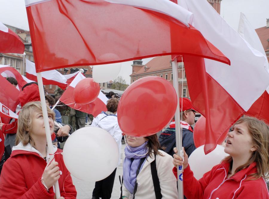 Patriotyzm to według Polaków miłość i przywiązanie do ojczyzny