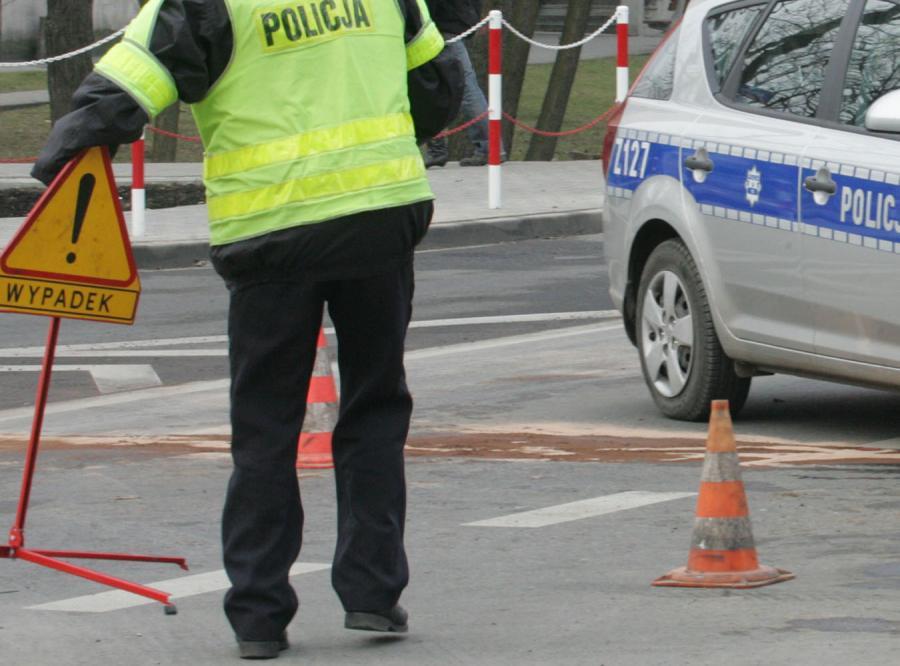 Dwa wypadki autobusów w Łódzkiem. Są ranni