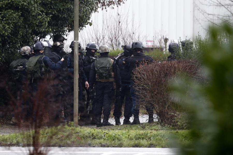 """Obława na terrorystów, którzy zaatakowali tygodnik """"Charlie Hebdo"""""""