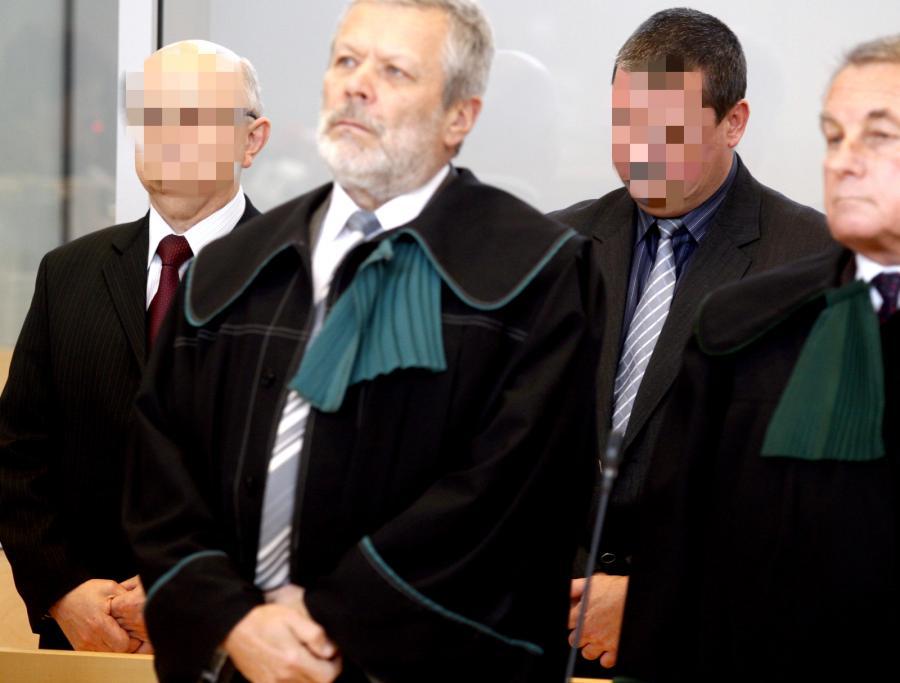 Oskarżeni: były dyrektor KWK \