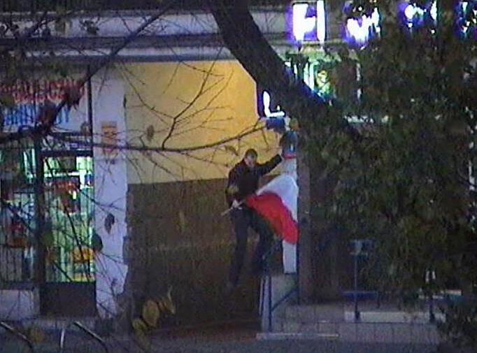 Kradł polskie flagi z miłości do ojczyzny