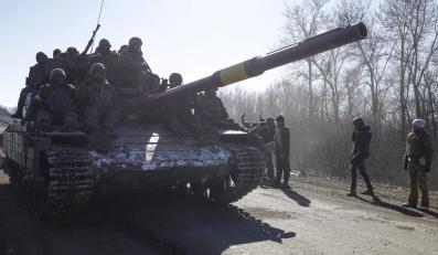 Ukraińscy żołnierze niedaleko Debalcewe