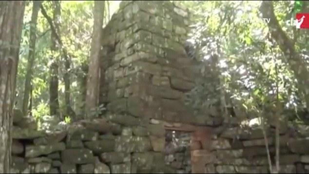 Ruiny budynków znalezione w argentyńskiej dżunglii