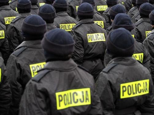Były policjant: Wychowywać to mogą nauczyciele, opieka społeczna, świadkowie Jehowy. Policja to aparat represji. Koniec