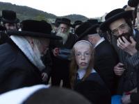 Żydzi przygotowują się do Paschy. Tłumy przyszły po wodę do starego źródła. FOTOREPORTAŻ