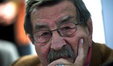 Na zdjęciu archiwalnym z 05.10.2014 r. niemiecki pisarz Guenter Grass podczas spotkania z czytelnikami w Gdańsku