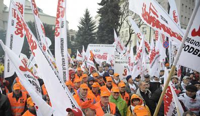 Platforma zabiera się związki zawodowe