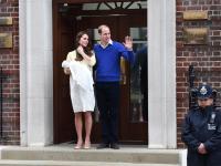 Mała Księżniczka opuściła szpital. Zobacz kolejną następczynię brytyjskiego tronu. FOTO