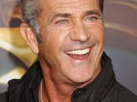 """Mel Gibson wbił sięna premierę """"Mad Max: Na drodze gniewu"""" i robił za gwiazdę [ZDJĘCIA]"""