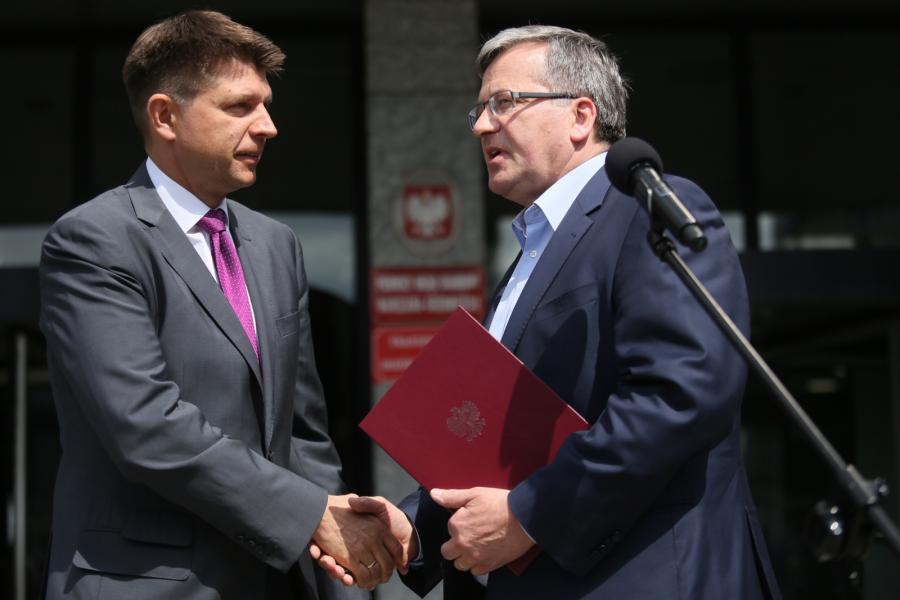 Prezydent RP Bronisław Komorowski i Przewodniczący Towarzystwa Ekonomistów Polskich - Ryszard Petru