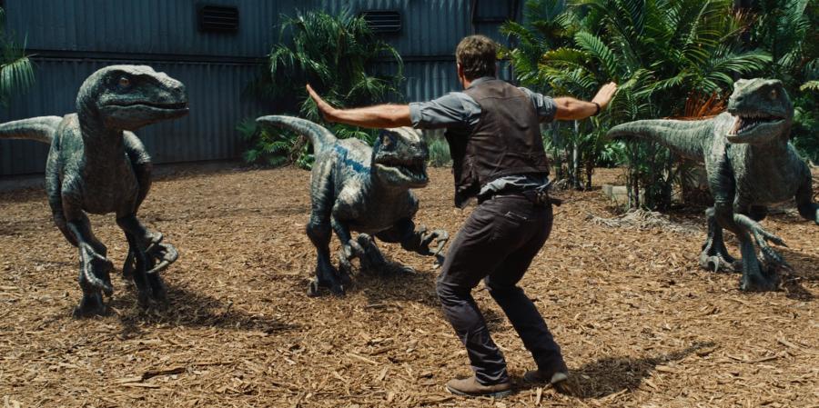 "1. ""Jurassic World"" – 1,7 mld dolarów"