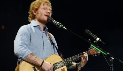 Ed Sheeran podczas występu w Klipsch Music Center w Indianapolis