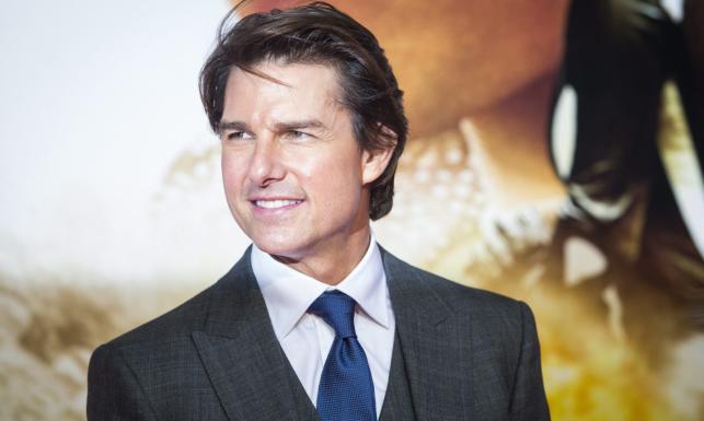 Tom Cruise uśmiechnięty i... zaręczony na premierze [ZDJĘCIA]