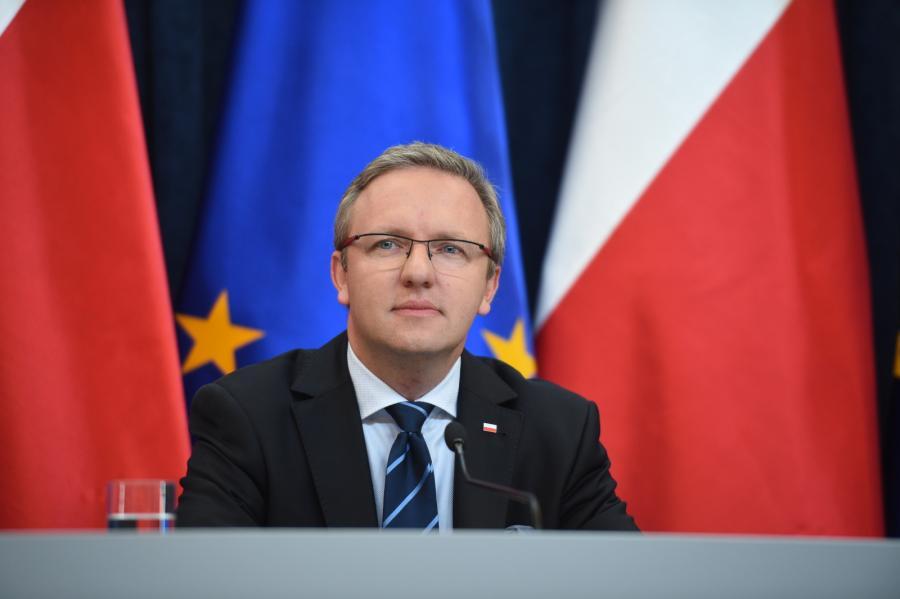Sekretarz stanu w Kancelarii Prezydenta RP - Krzysztof Szczerski, podczas konferencji poświęconej kalendarzowi najbliższych wizyt zagranicznych prezydenta Andrzeja Dudy