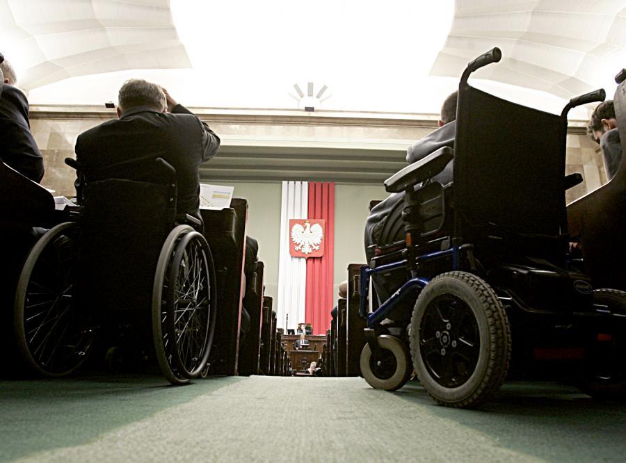 Koniec z dyskryminacją inwalidów w Sejmie