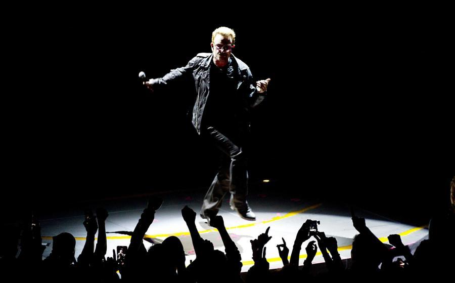 U2 promują na żywo album \