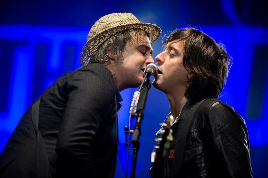 Pete Doherty i Carl Barat podczas występu na festiwalu Lollapalooza w Berlinie