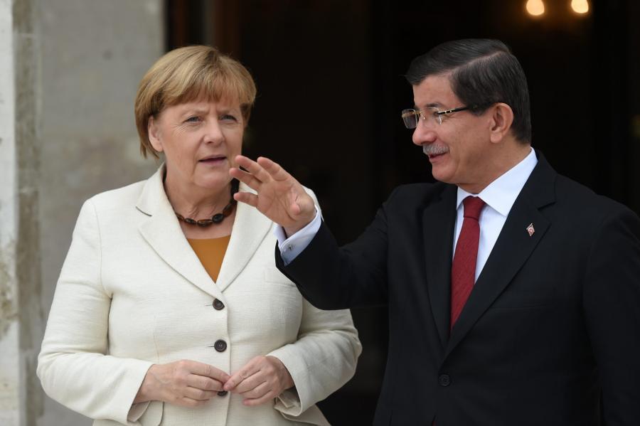 Angela Merkel i turecki premier Ahmet Davutoglu