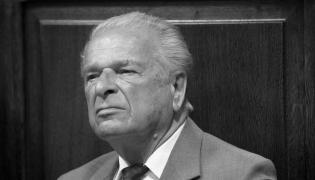 Czesław Kiszczak na procesie sądowym. Zdjęcie z 2009 roku