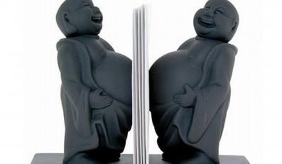 Buddyjski spokój na biurku