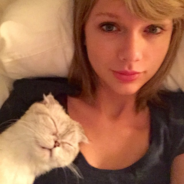 10. Taylor Swift – 2,2 miliona polubień