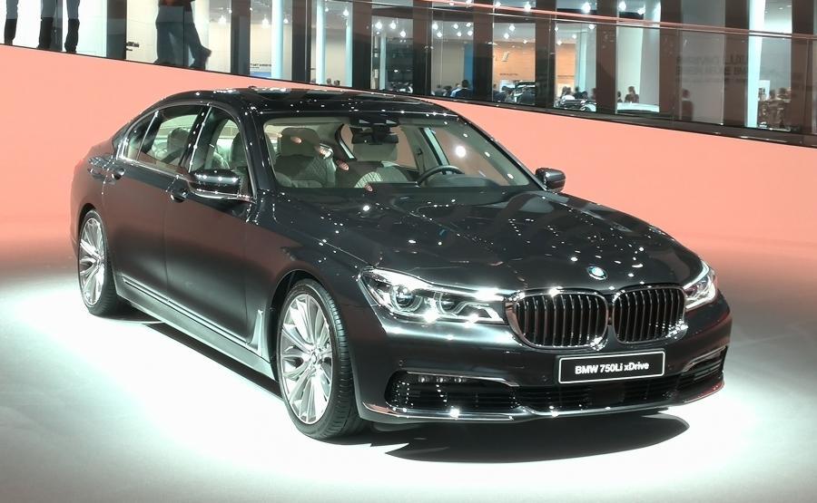 BMW serii 7 - światowy luksusowy samochód 2016