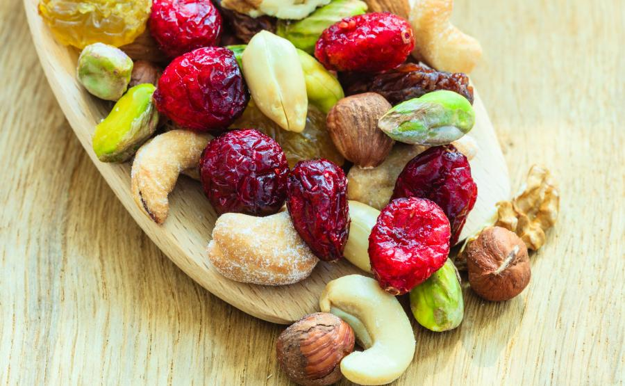 17:00 - suszone owoce