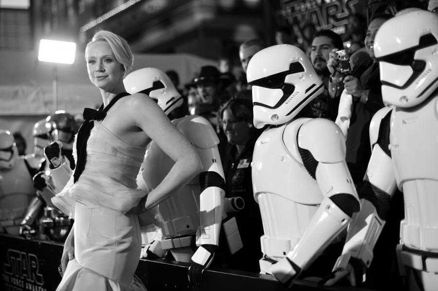 """Gwendoline Christie na premierze """"Gwiezdnych wojen: Przebudzenia Mocy"""""""