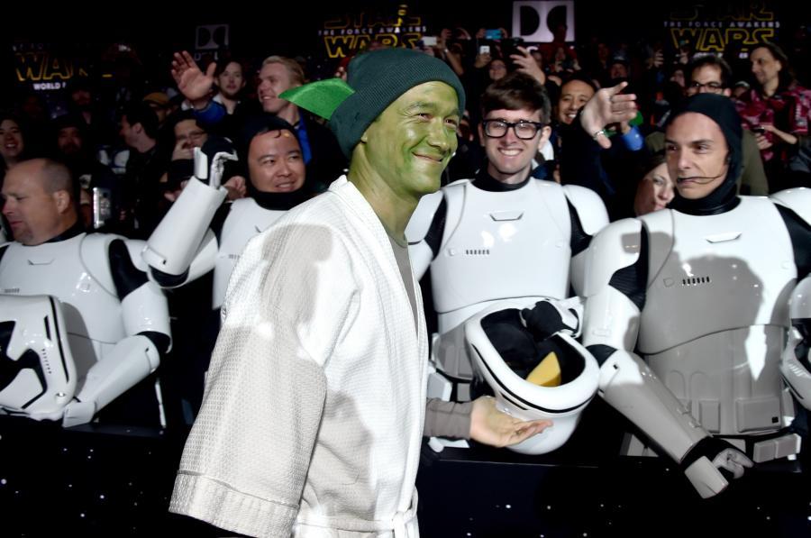 """Joseph Gordon-Levitt na premierze """"Gwiezdnych wojen: Przebudzenia Mocy"""""""