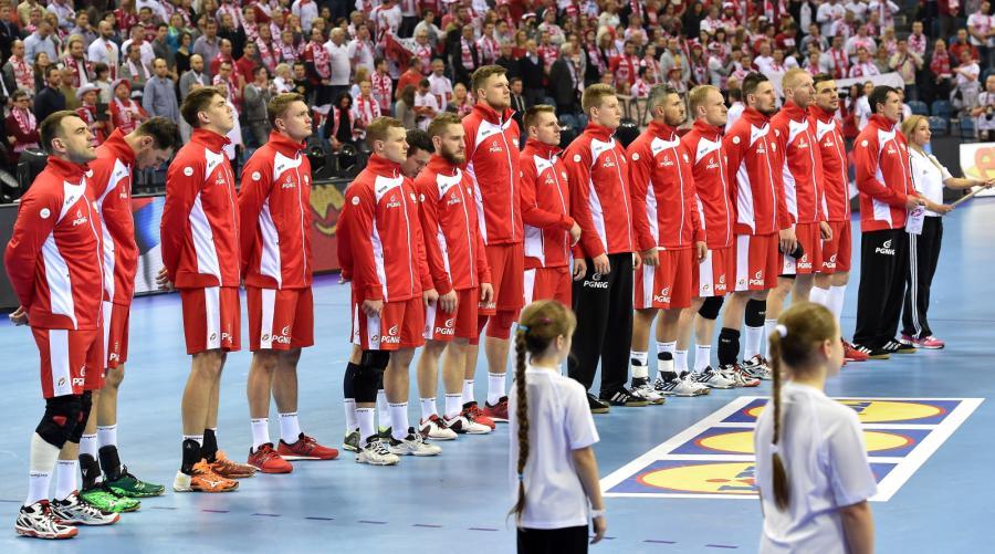 Reprezentacja Polski przed meczem grupy A mistrzostw Europy piłkarzy ręcznych z Serbią