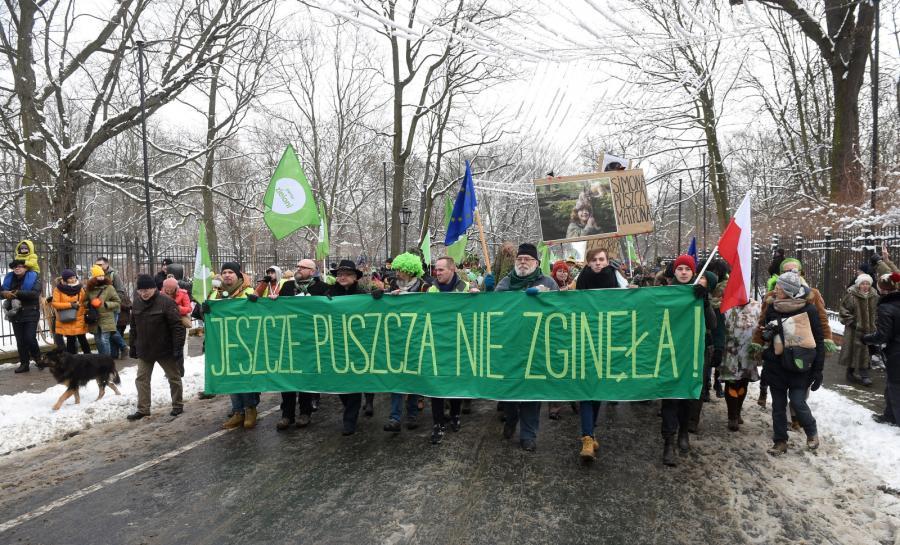 Marsz w oboniie Puszczy Białowieskiej