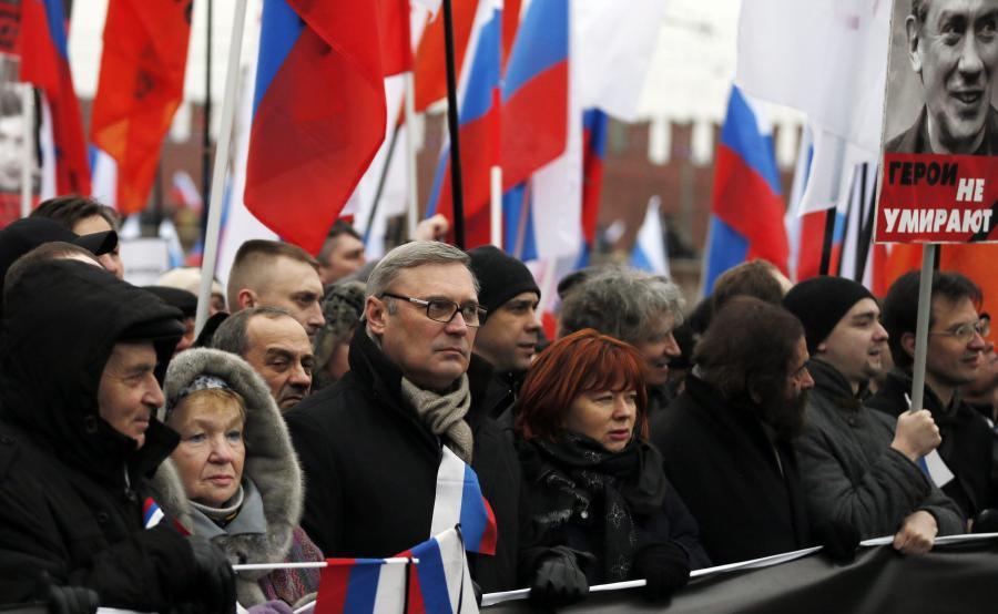 Michaił Kasjanow na marszu pamięci ku czci zamordowanego opozycjonisty Borysa Niemcowa