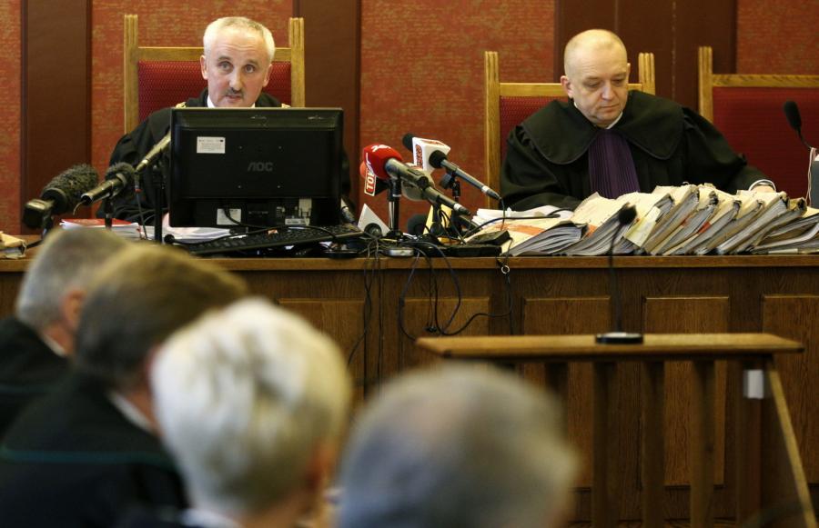 Sędzia Mirosław Ziaja podczas ogłoszenia wyroku w procesie odwoławczym ws. katastrofy w kopalni Halemba