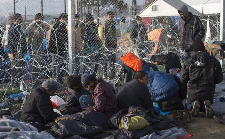 Imigranci na granicy grecko-macedońskiej