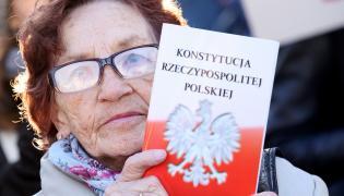 Demonstracja KOD w obronie konstytucji Polski