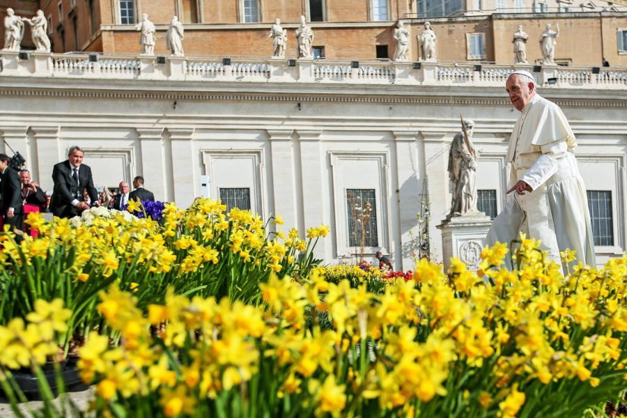 Papież Franciszek podczas audiencji generalnej